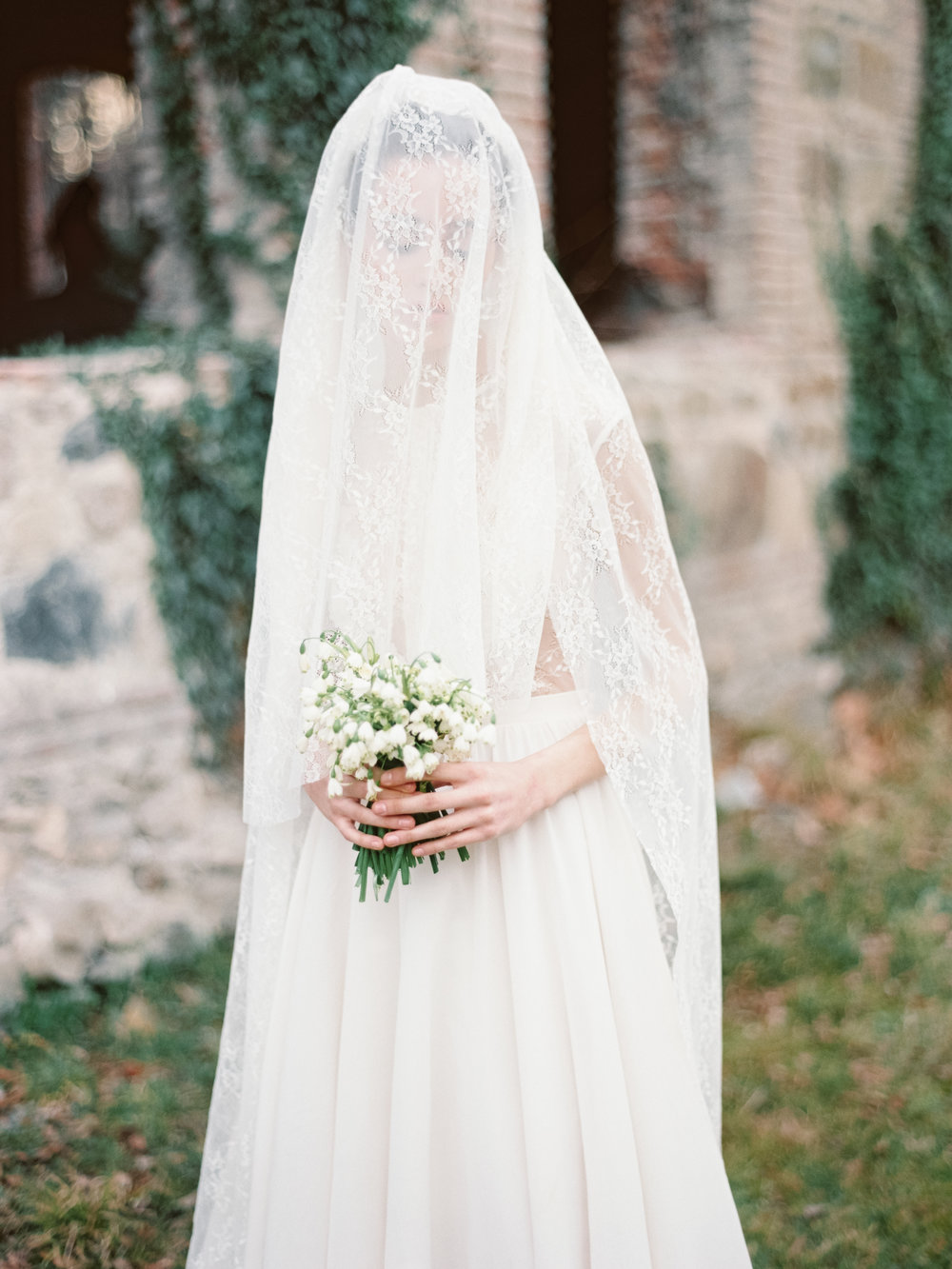 TamaraGigolaphotography,Cathytelle,royalweddingdress,kakheti-0042-4.JPG