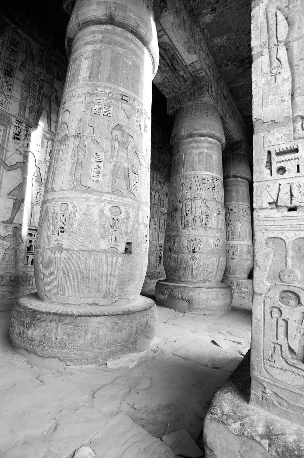090100_DSC3604-Temple-of-Ramses-II.jpg