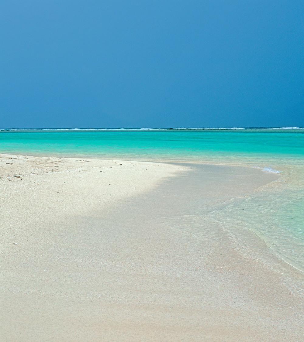 040307 Beach - Belizean barrier reef.jpg