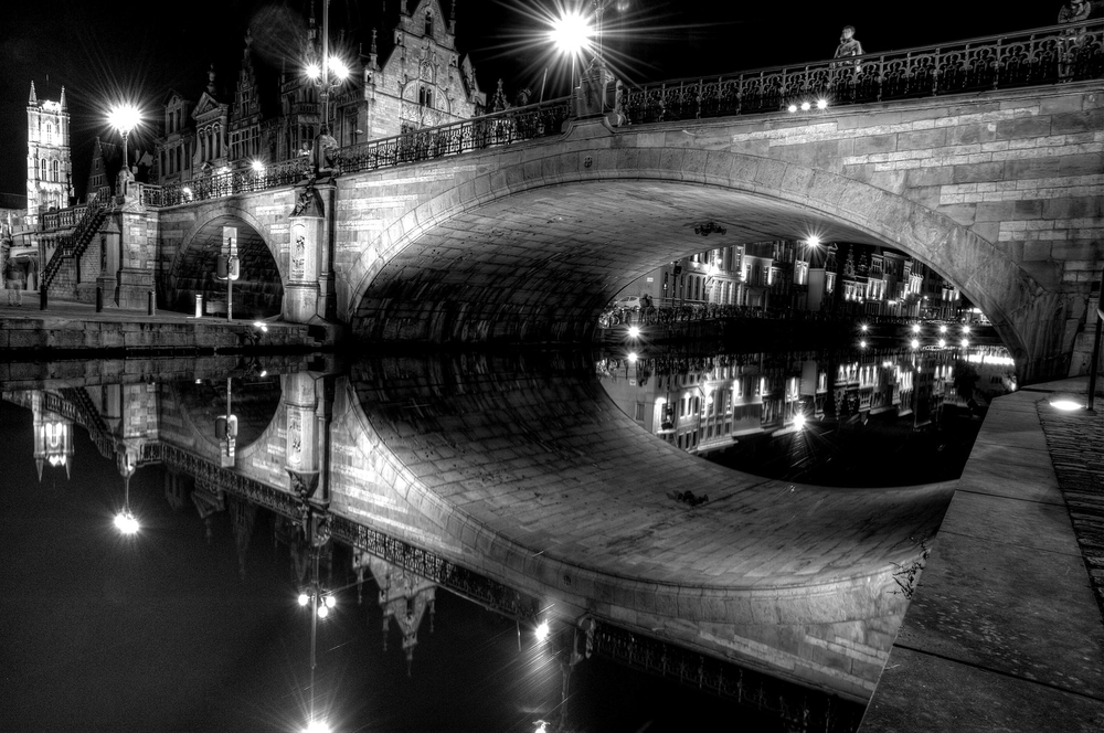 Ghent Bridge  at Night
