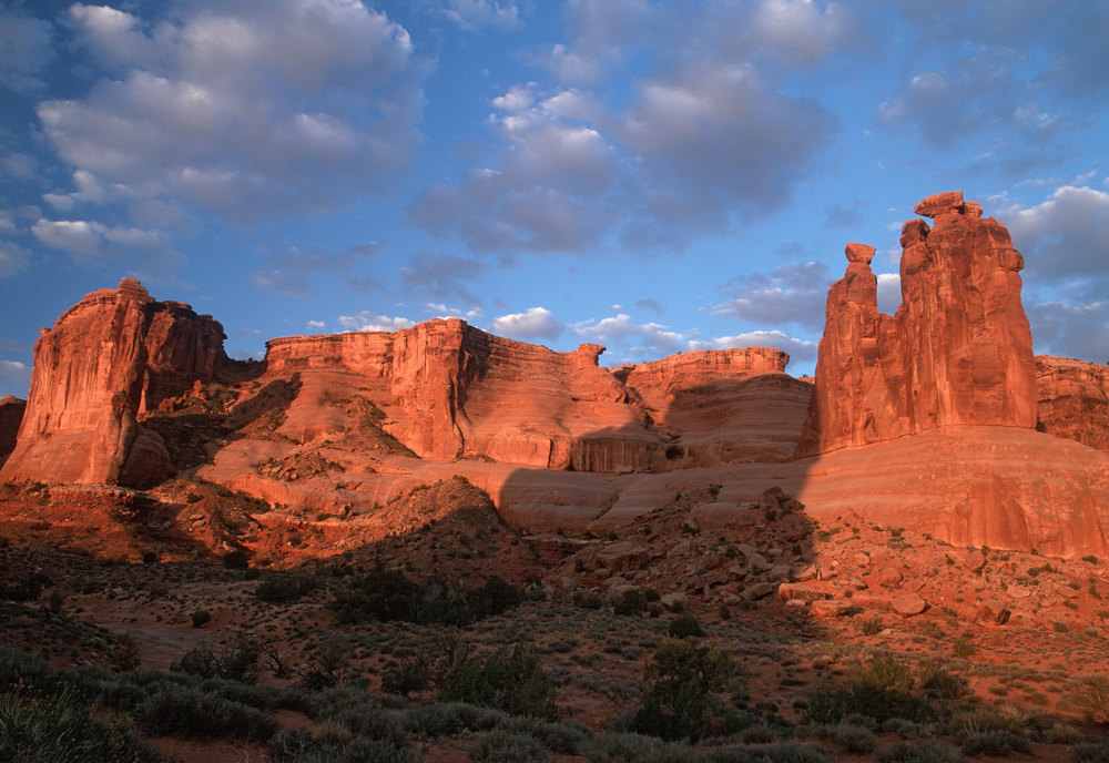 040514-Arches---the-3-Gossips.jpg
