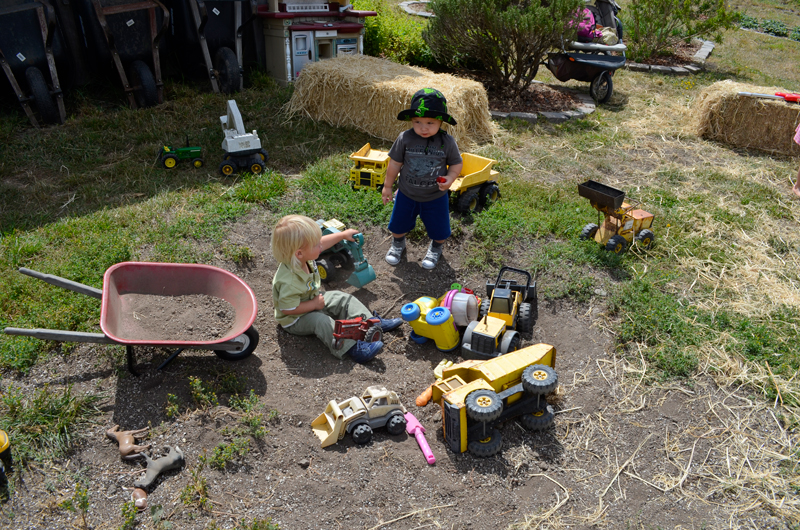 dirt play