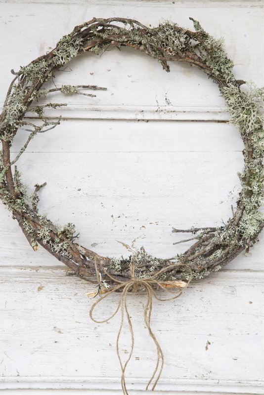 autumn wreaths to last you through the holidays