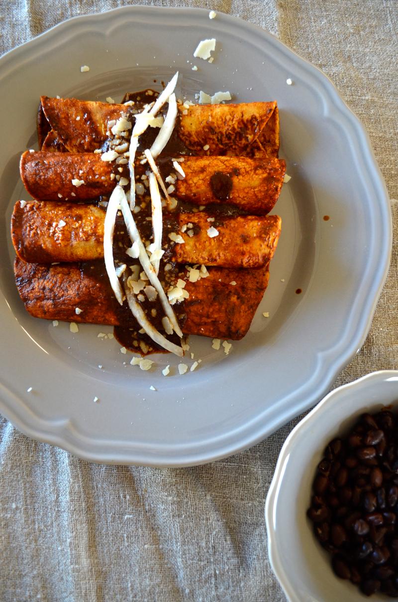 enchiladas with mole
