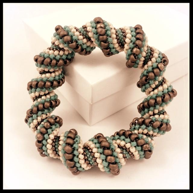 Cellini Spiral Weave