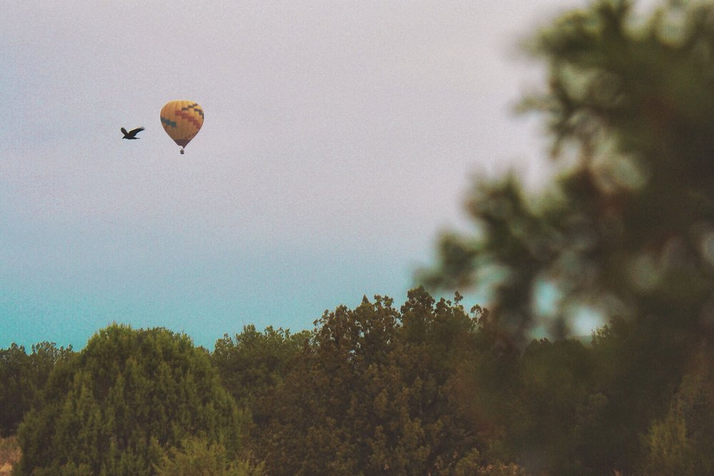 raven balloon sedona arizona