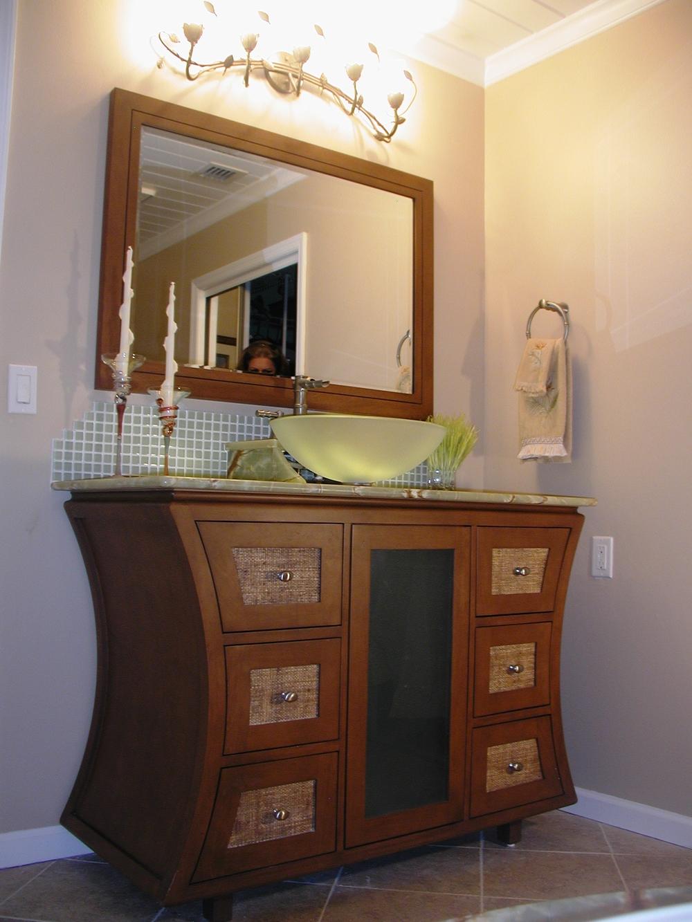 Zuba Hse 1 M Bath Vanity 1.JPG