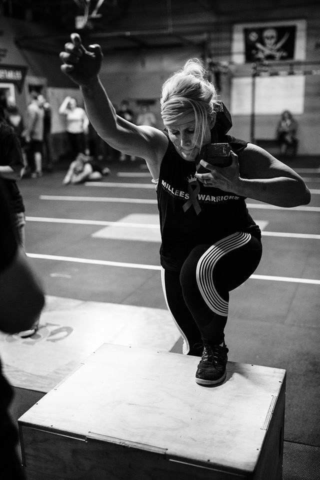 Class Time 4:30/5:15/8:30 & 4:00/6:00/7:00  7:00 - Open / B-Fit    Team 3 Wod  200 run  75 Power Snatch 55/75  75 Thrusters  200 run  60 Power Snatch 65/95  60 Thrusters   200 run  45 Power Snatch 75/115  45 Thrusters  200 run  30 Power Snatch 85/125  30 Thrusters   200 run    Team runs together then splits reps on snatch and thrusters