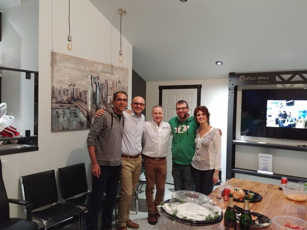 Nilson, Philippe Zinser (patrimoine-rh), Denis Duchène (propriétaire), William (le parrain) et Sylvain Langlais (propriétaire)