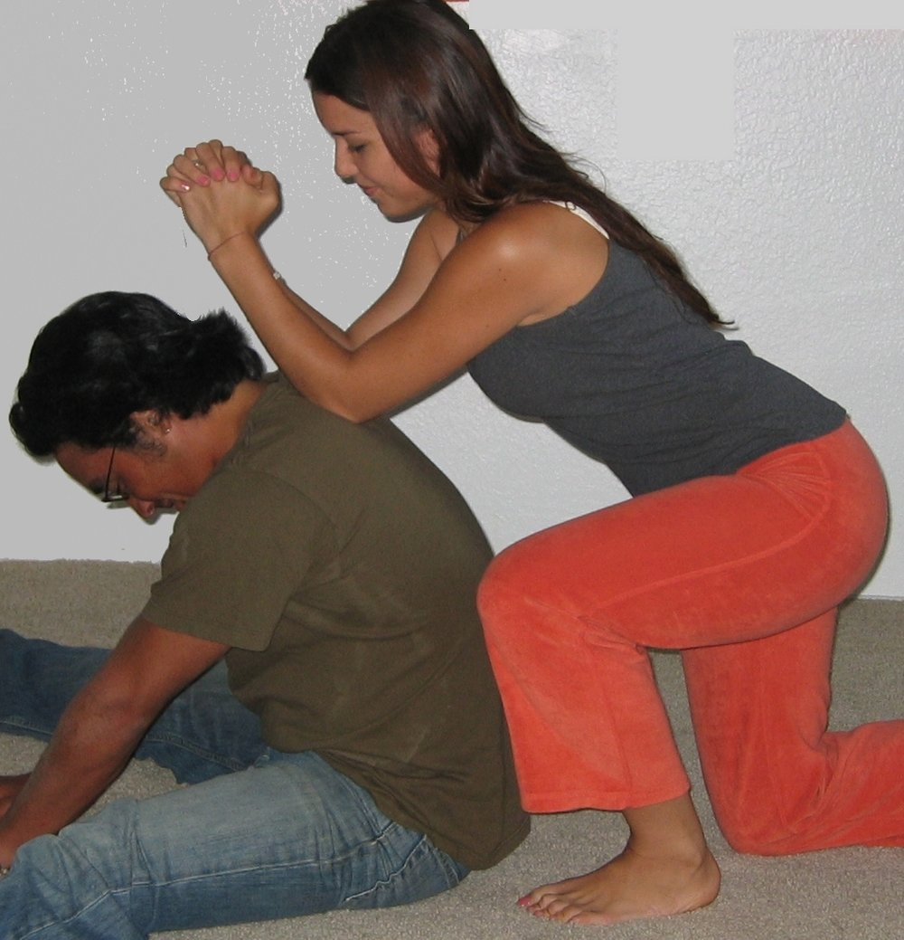 thai massage students.jpg
