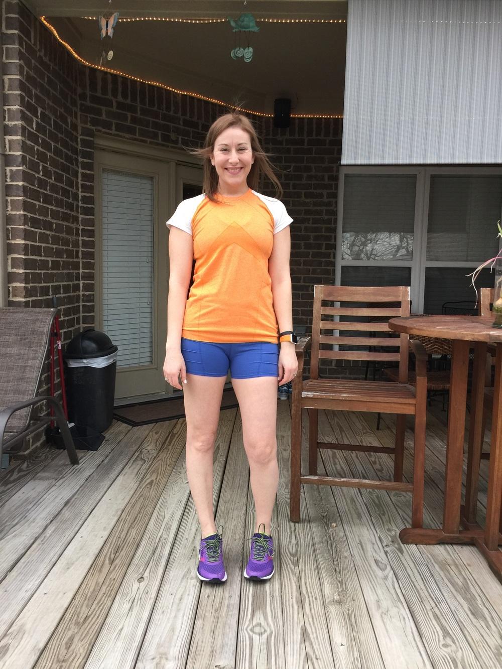 Girl pee tight shorts