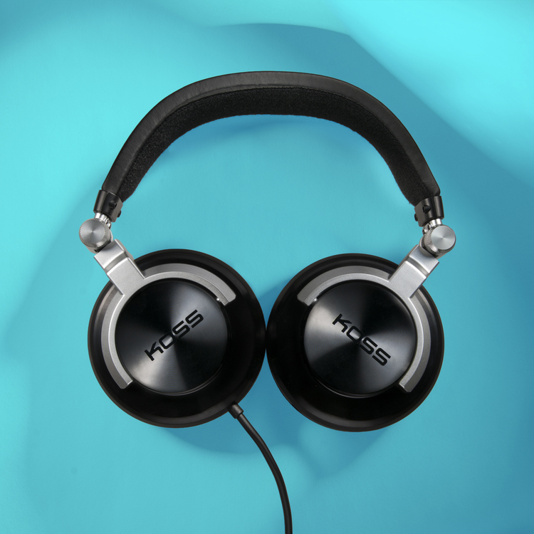 product photography headphones