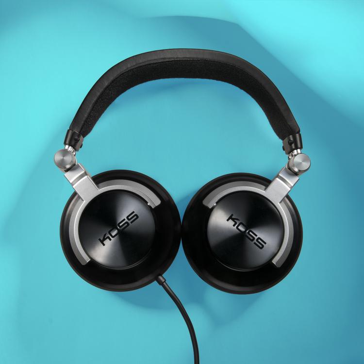 product photography headphones