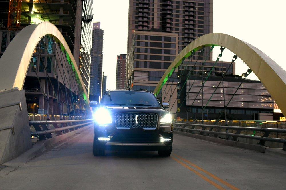 LincolnNavigator-Bridge2.jpg