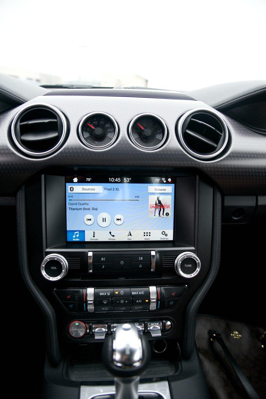 Mustang-Infotainment.jpg