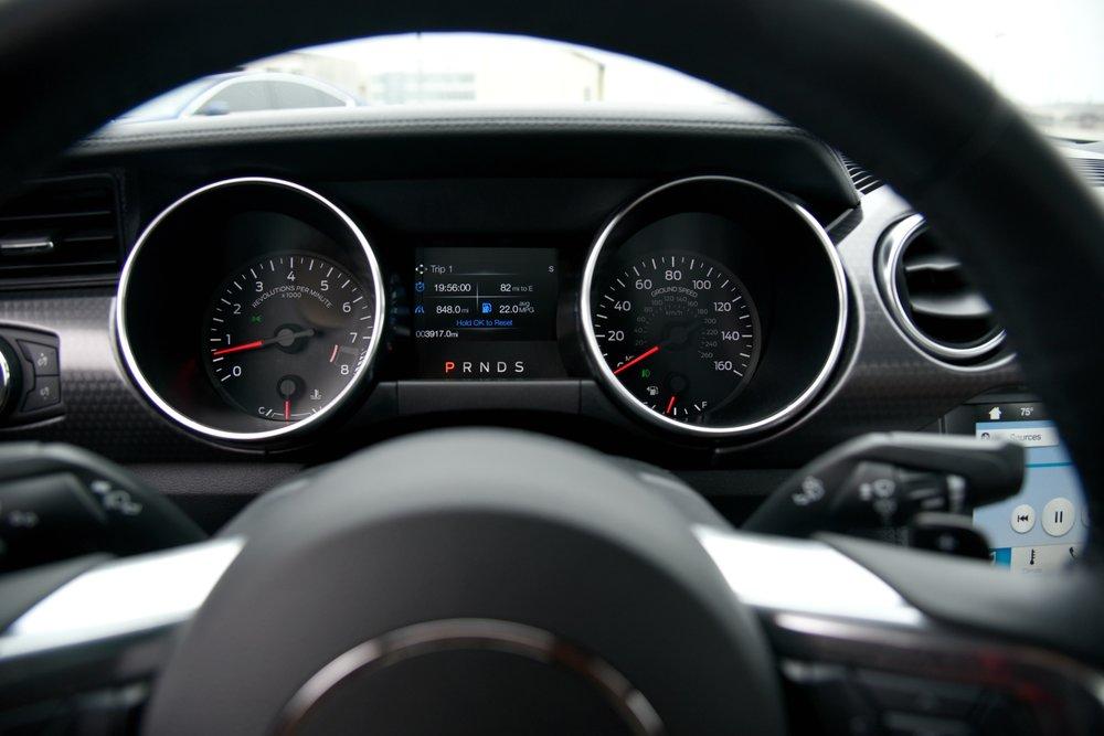 Mustang-Dash.jpg