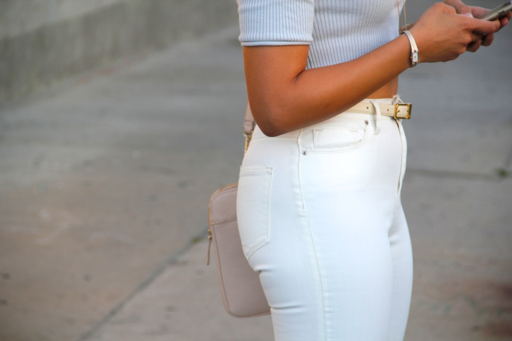 BDG Twig High Rise Jeans, SIlence + Noise Ribbed Crop Sweater, We Who See 'Wylde' Heeled Sandal (Similar), Forever 21 Structured Shoulder Bag, Vintage Belt + Watch