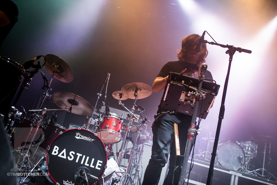 Bastille-The-Pageant-04-7762.jpg