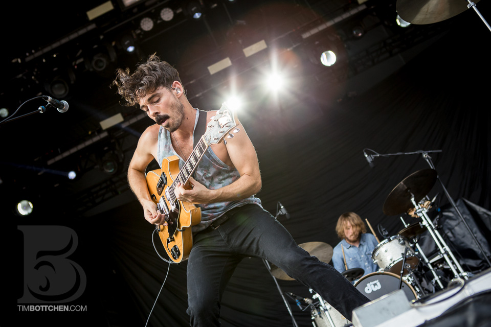 LouFest-Local-Natives-05-1524.jpg