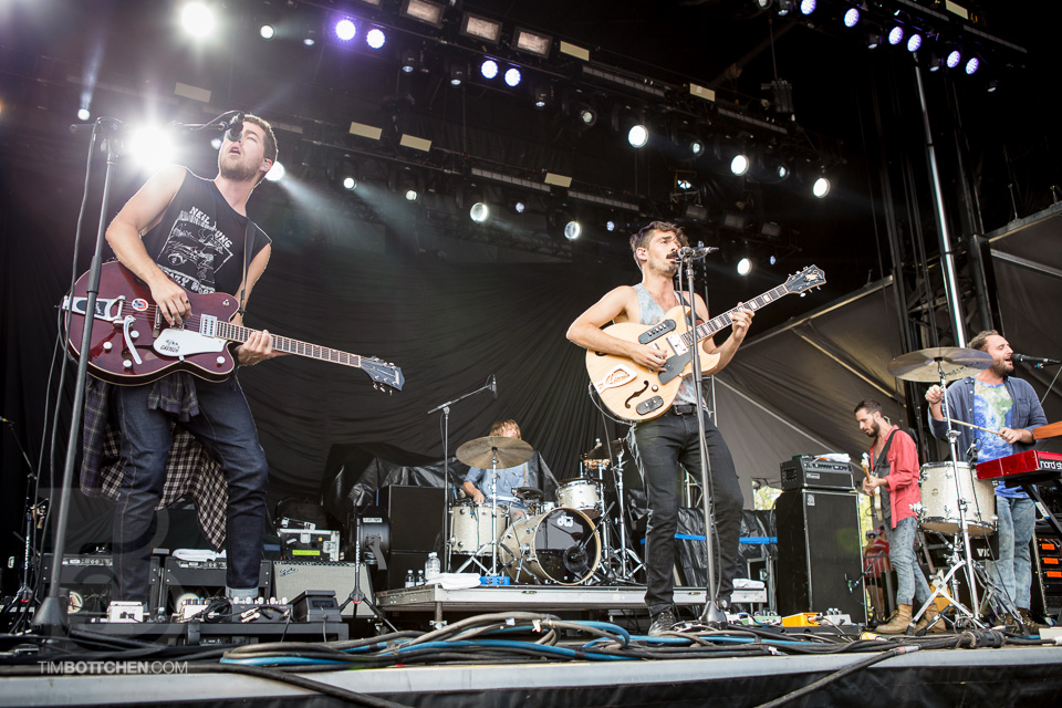 LouFest-Local-Natives-03-1517.jpg