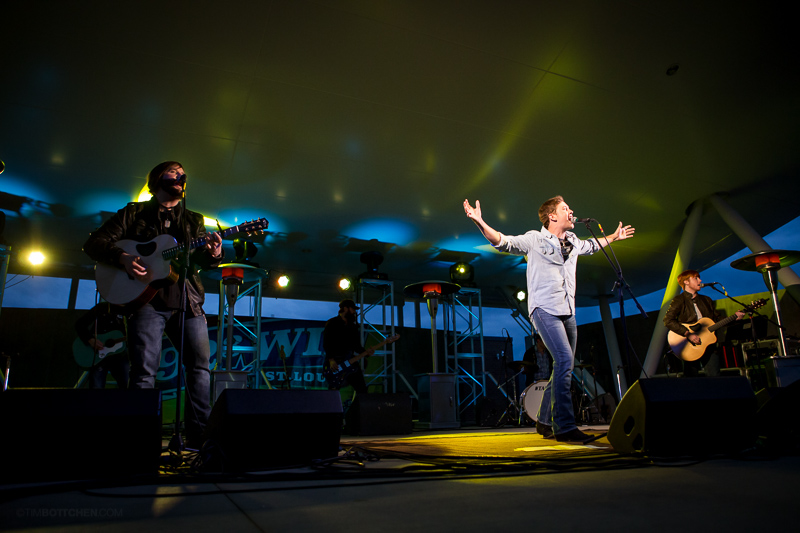 Scotty-McCreery-Chesterfield-Amphitheater-38-1800.jpg