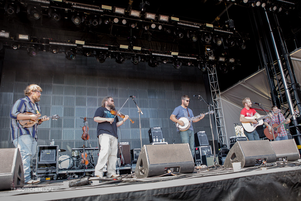 LouFest-Trampled-By-Turtles-04-0902.jpg
