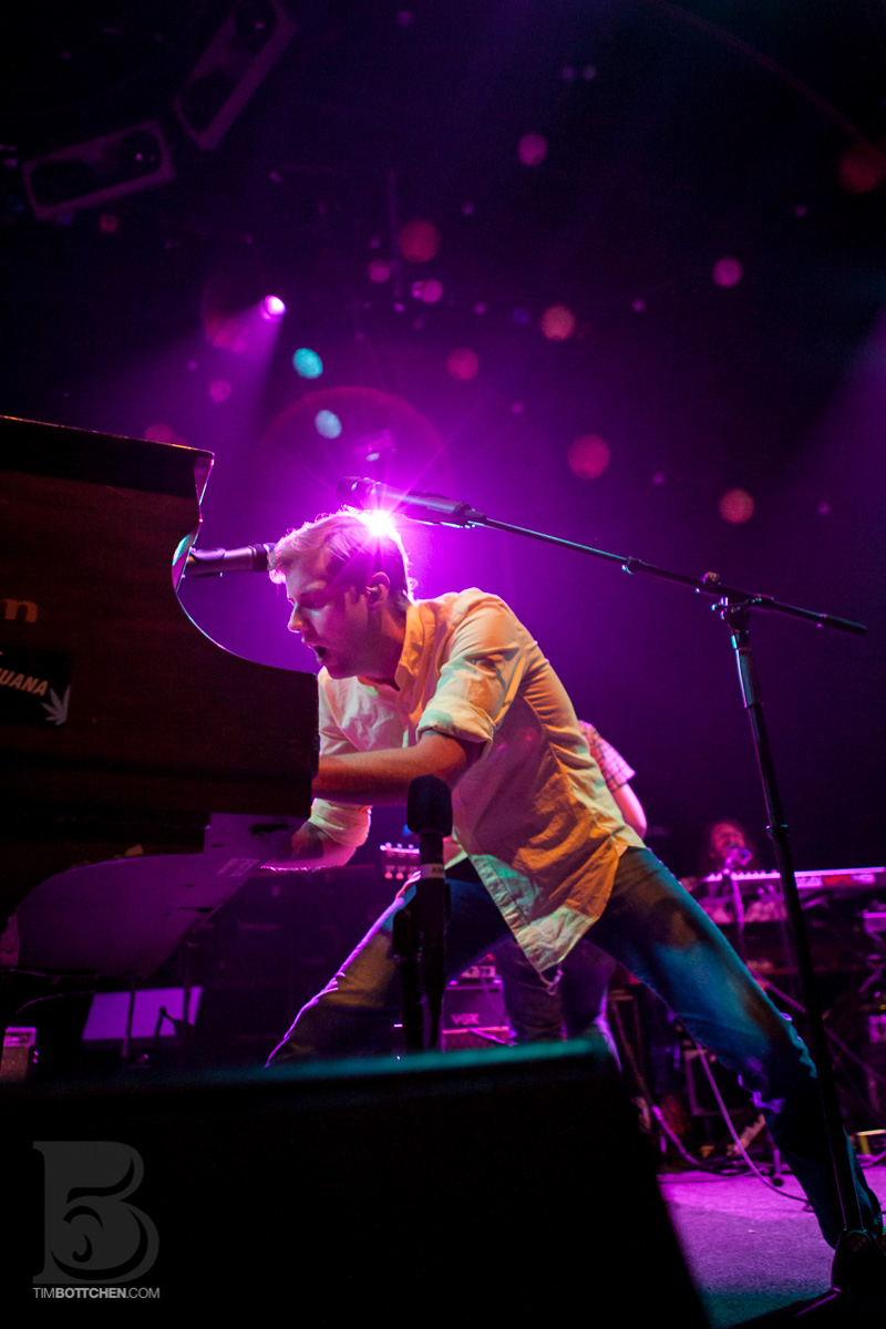 Andrew-McMahon-Jacks-Mannequin-The-Pageant-02-5852.jpg