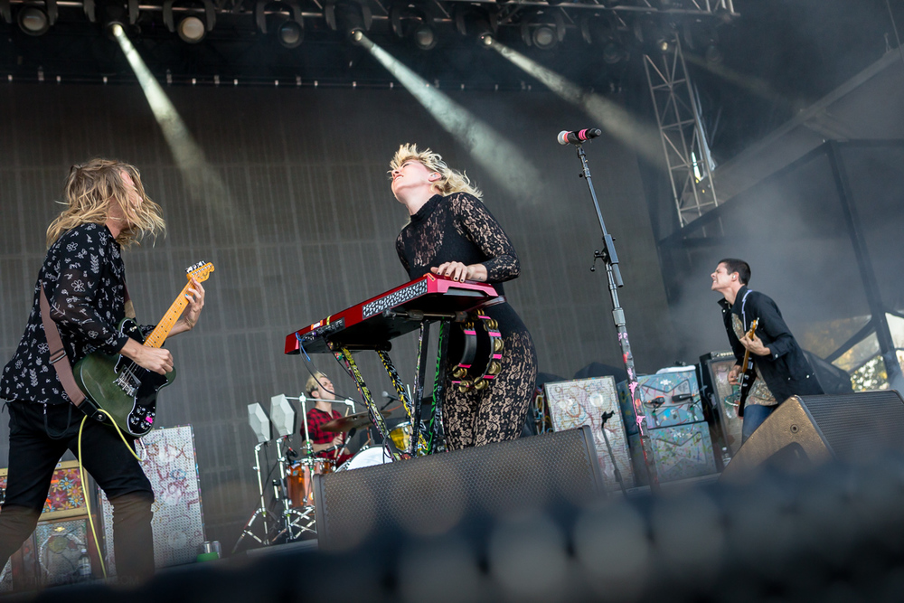 Grouplove at LouFest