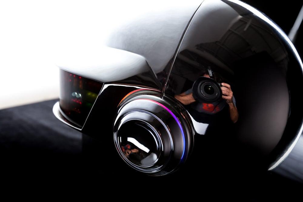 Daft-Punk-Helmet-TB-112515-040.jpg