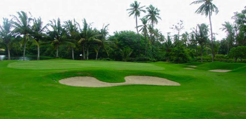 Gili-Trawangan-Lombok-Activities-Golfing-Golf-Course-01.jpg