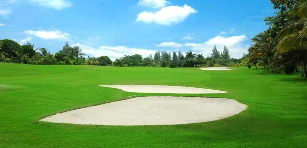 Gili-Trawangan-Lombok-Activities-Golfing-Golf-Course-03.jpg