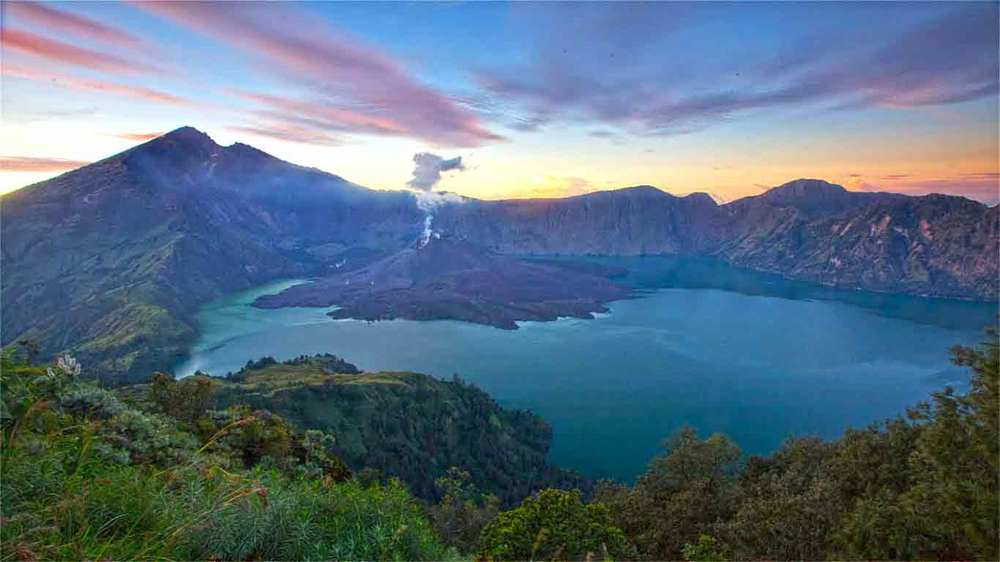 Gili-Trawangan-Lombok-Activities-Lombok-Tours-Trip-Trekking-Sightseeing-Mountain-Climb-Rinjani-03.jpg