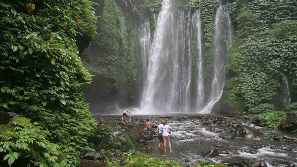 Gili-Trawangan-Lombok-Activities-Lombok-Tours-Trip-Trekking-Sightseeing-Mountain-Climb-Rinjani-05.jpg
