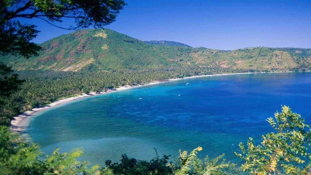 Gili-Trawangan-Lombok-Activities-Lombok-Tours-Trip-Trekking-Sightseeing-Mountain-Climb-Rinjani-01.jpg