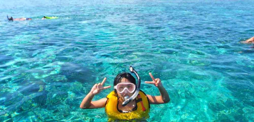 Gili-Trawangan-Lombok-Activities-Snorkeling-Swimming-Swim-Ocean-06.jpg