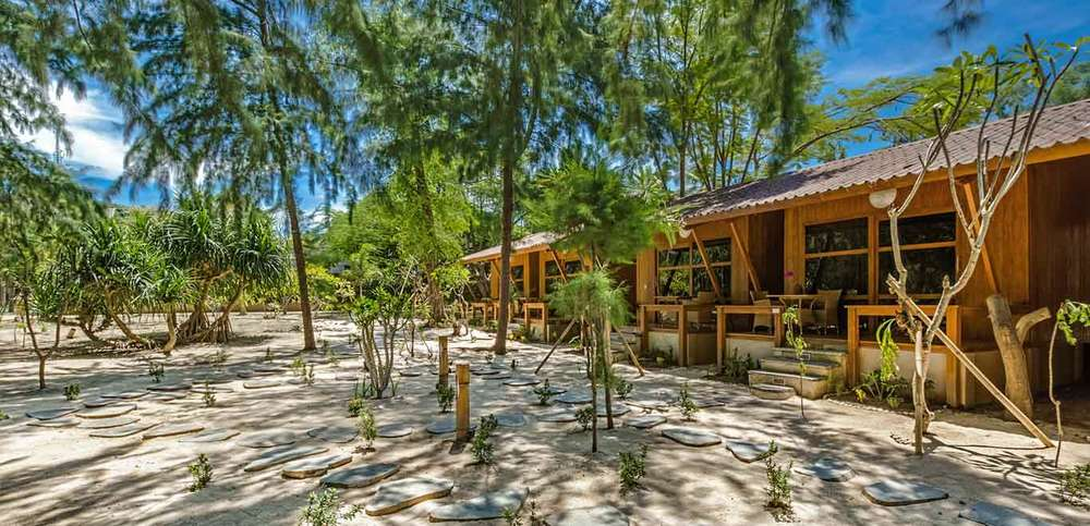 Gili-Trawangan-Lombok-Hotel-Rooms-Accomodation-Pearl-of-Trawangan-Teak-Cottages-02.jpg