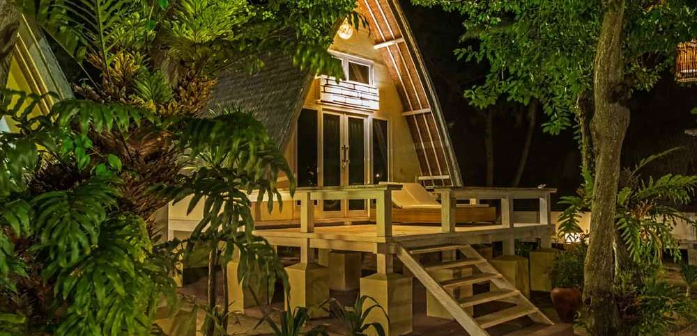 Gili-Trawangan-Lombok-Hotel-Rooms-Accomodation-Pearl-of-Trawangan-Lumbung-Beach-Cottages-09.jpg