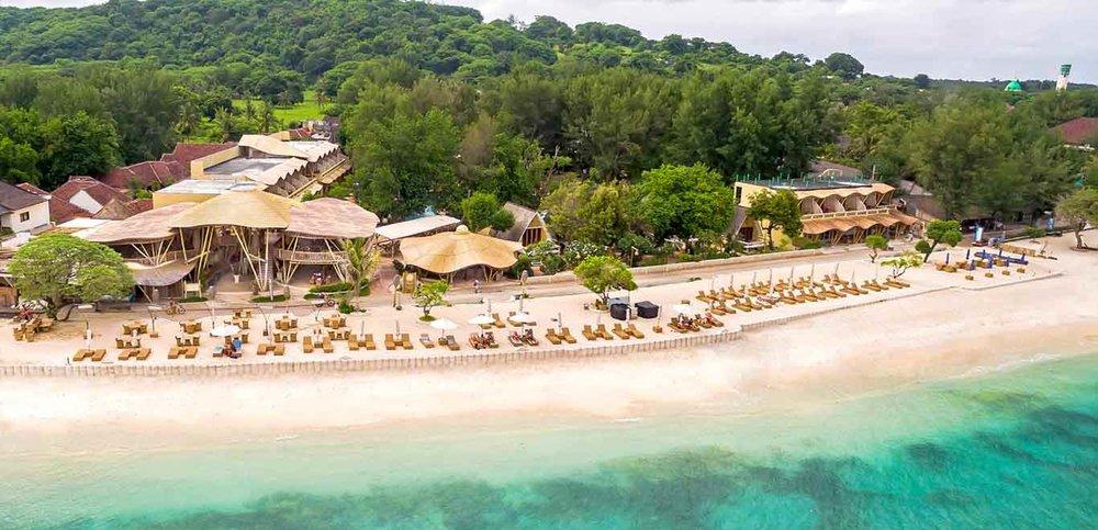 Gili-Trawangan-Lombok-Hotel-Rooms-Facilities-Beach-Beachfront-Ocean-Sun-Chair-White-Sand-05.jpg