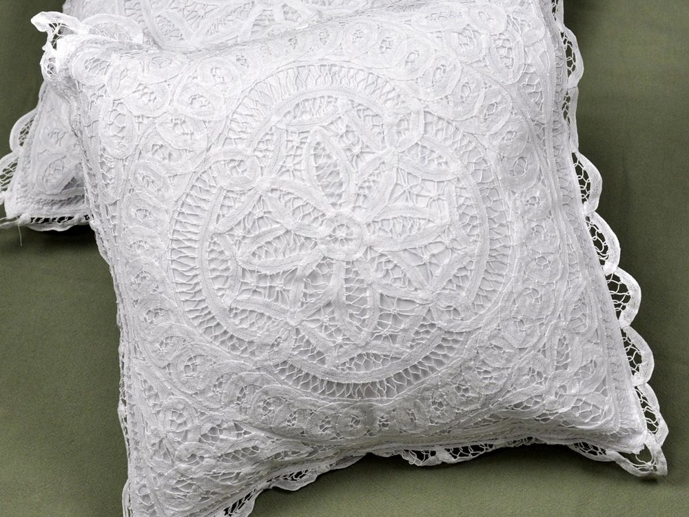 Pillow_PCUC-009.jpg