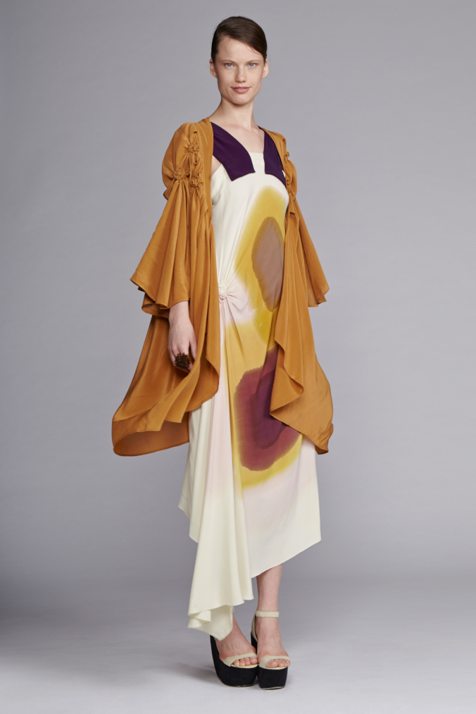 725/S140104 Spiral Shibori Strap Dress     530/S149060 Spiral Shibori Kimono Coat
