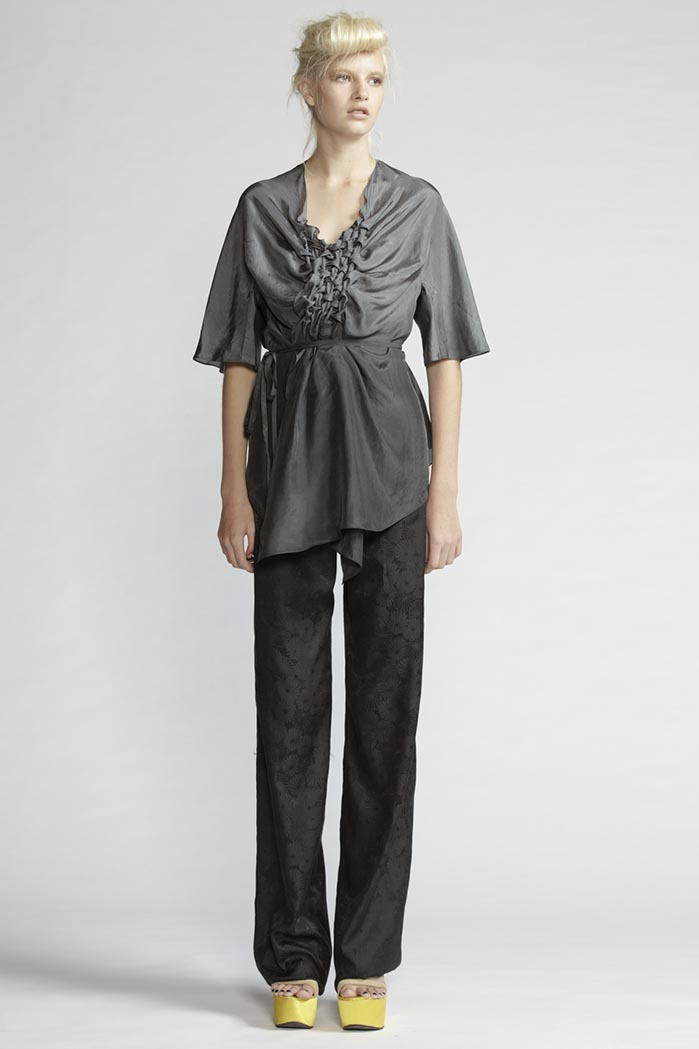 190/F21492S Origami Blouse    150/F26125 Pants
