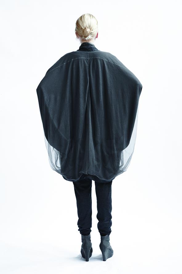 210/A09074 Origami Kimono Coat    210/A06116 Loose Leggings