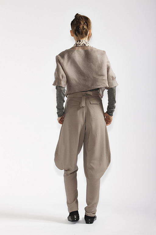 125/A98187 Bolero    215/A93359 Long Sleeve Top    145/A96110 Japanese Workman Pants