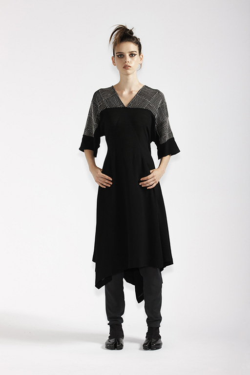 140/A91365 V-Neck Wrap Dress with Pin Stripe Embroidery    210/A9686T Tulle Leggings
