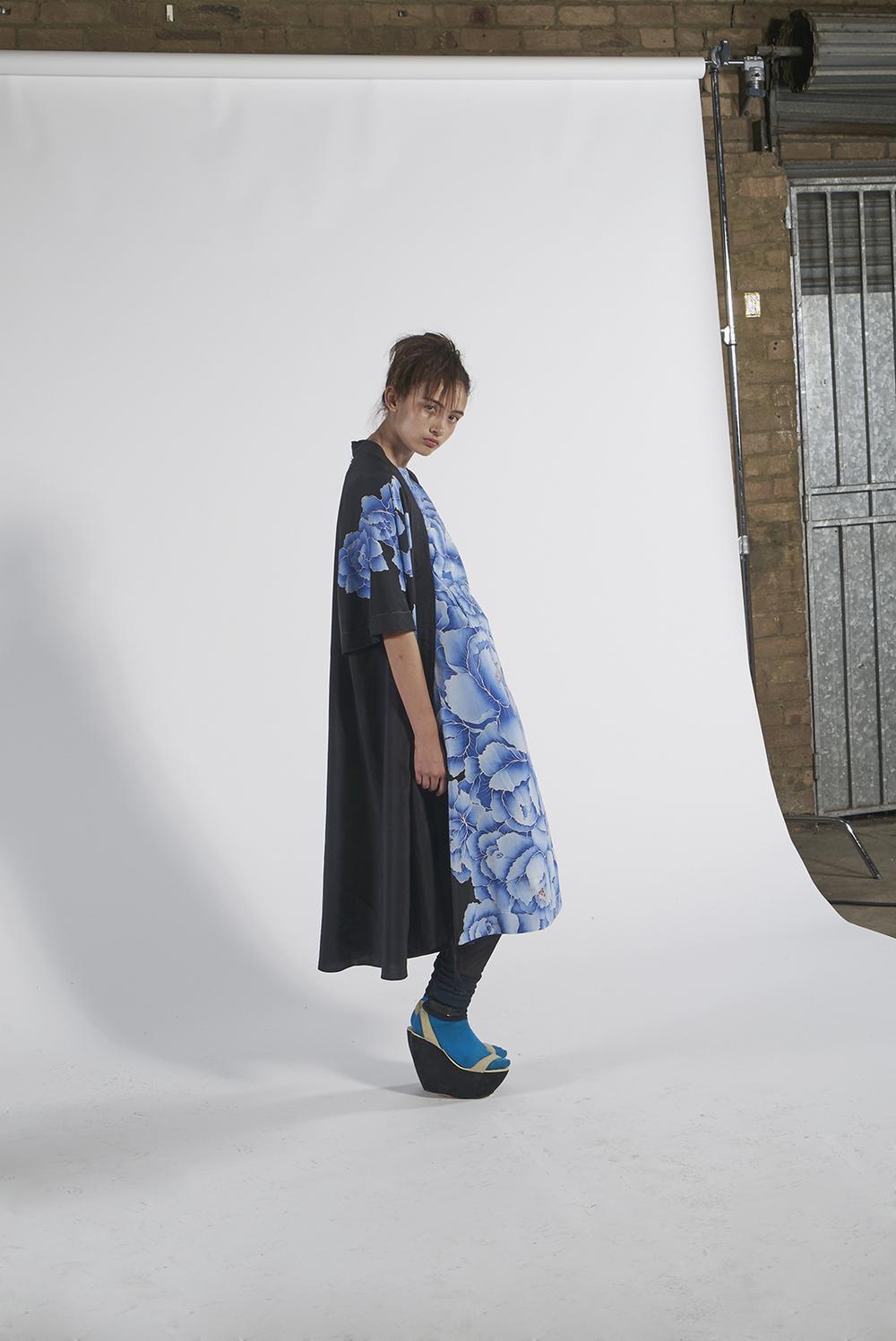 591/A151152 Hand Painted Peony Tie Kimono 591/A151568 Hand Painted Peony Shift Dress