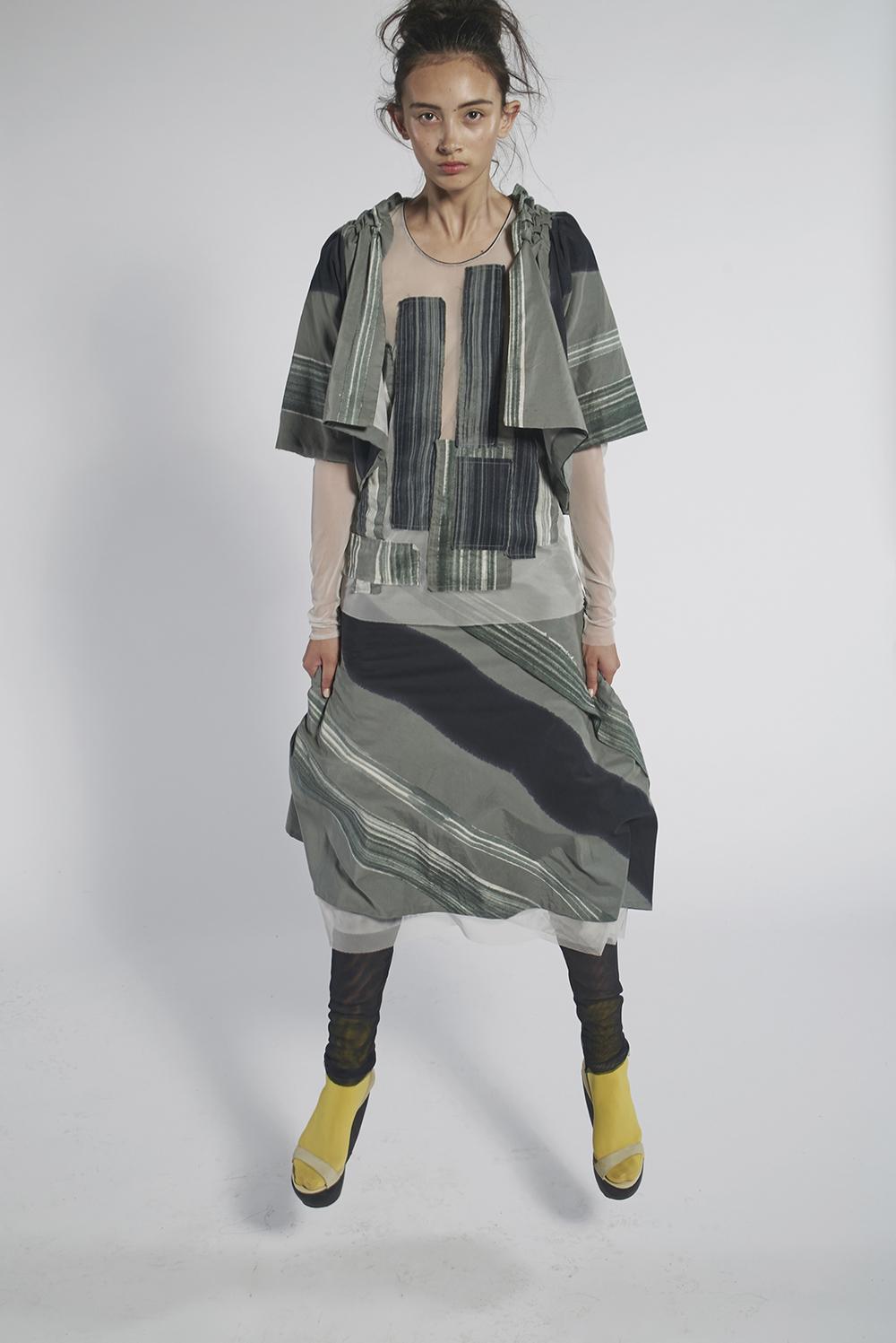 592/A158212 Origami Bolero 592/A153369 Batik Patchwork Tulle Top 592/A155234 Batik Dipped Skirt