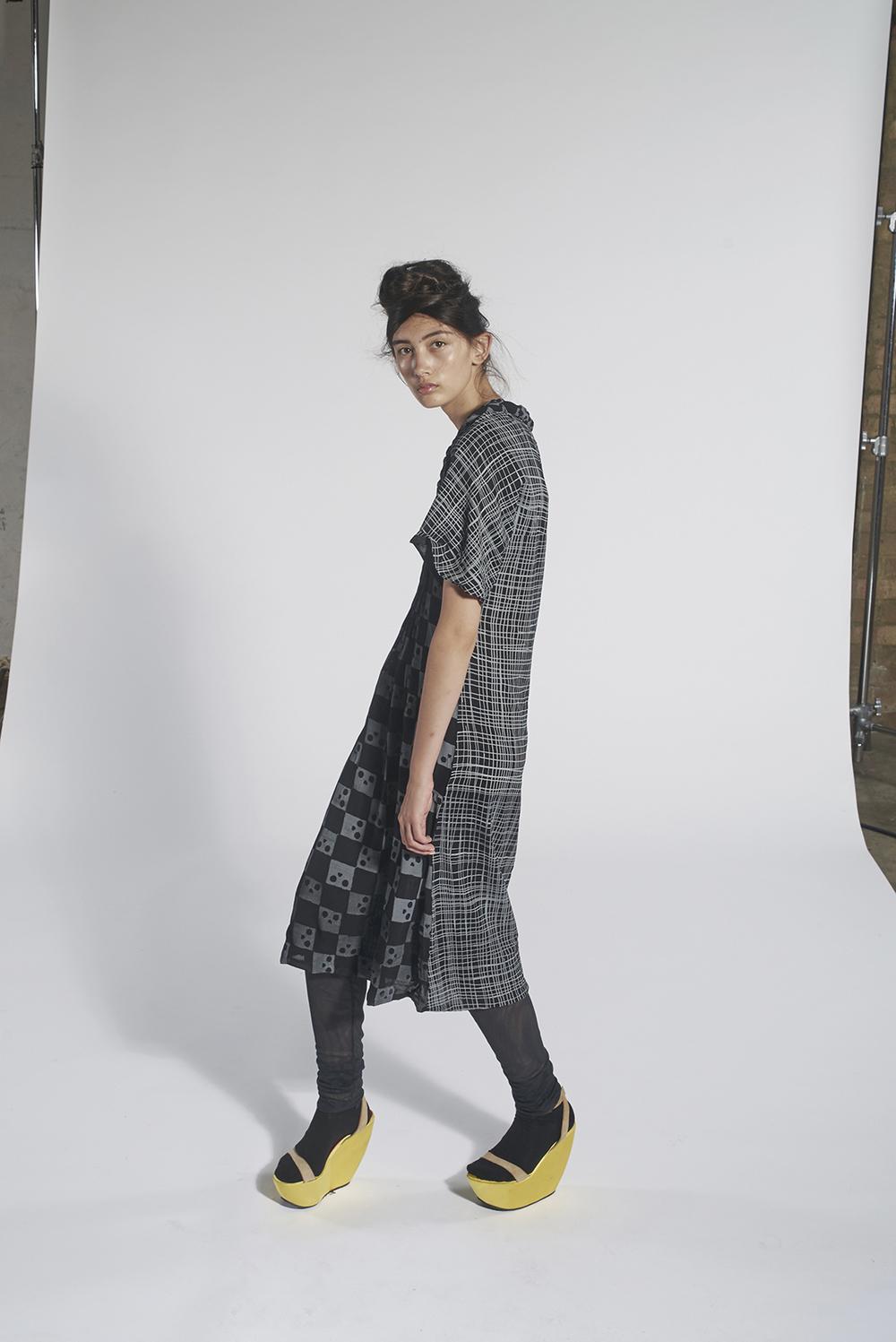 236/A151544 Contrast Print Dress