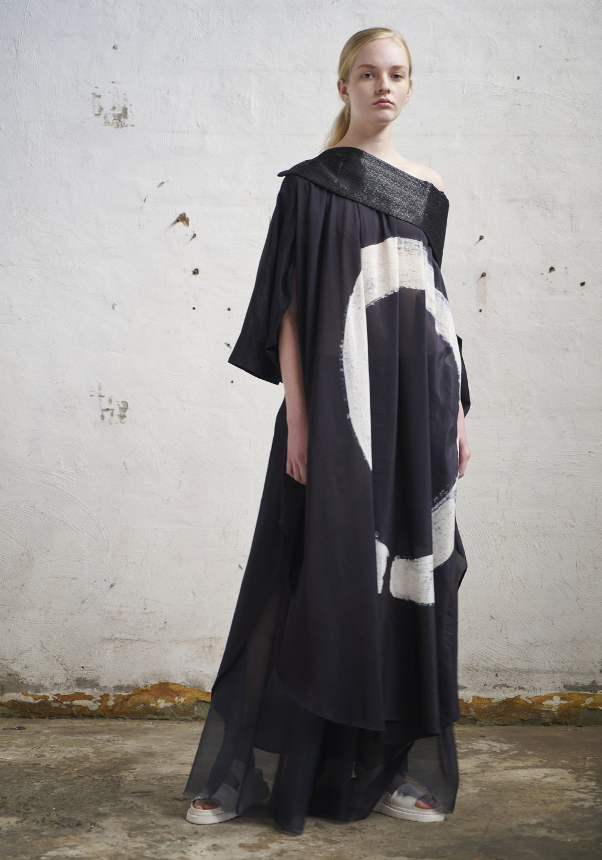 L O O K 1 6  593/S171626 Zen Round Neck Dress W/Kimono Sleeves  105/S176141 Hakama Pants  Obi W/Cross Grain Ribbon