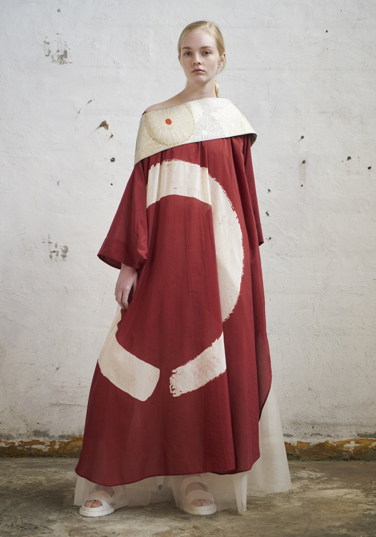 L O O K 1 7  593/S171626 Zen Round Neck Dress W/Kimono Sleeves  105/S176141 Hakama Pants  Obi W/Cross Grain Ribbon