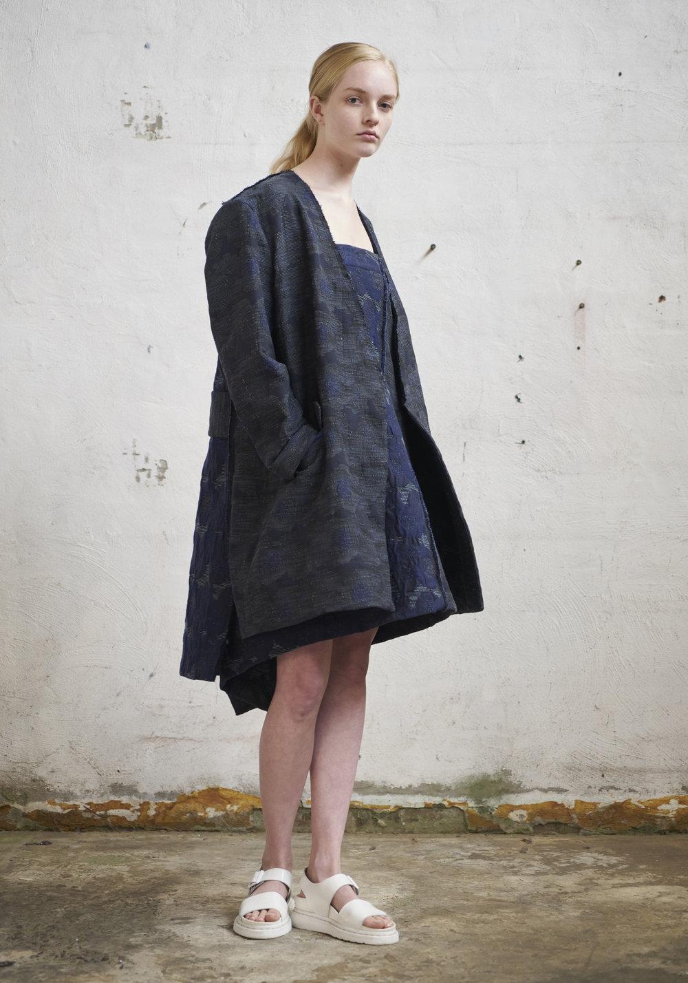 L O O K 2 2  296/S175236 Cross Angle Skirt (worn as a dress)  296/S179124 V-Neck Coat